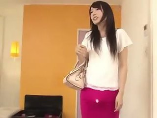 Futanari chick pleases herself