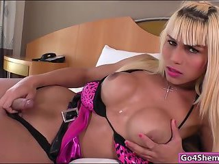 Busty shemale Nicoly Sanches anal rides