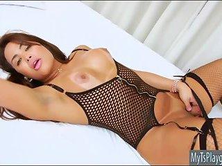 Big booty tranny masturbates her cock