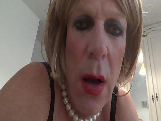 Angelika sucking cock