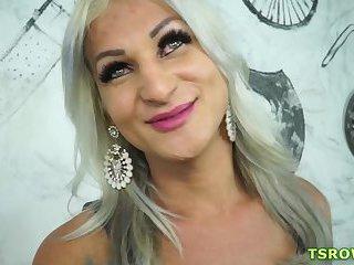 Brazilian Webcam girlPamela Lenvisk Bareback