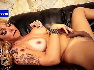 Pierced latina tranny jerking and sucking