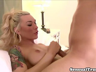 Busty Chaturbate modelcocksucking and assfucking