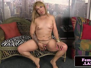 Amateur chubby femboy stroking her dick