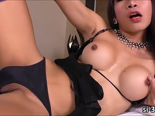Sultry Thai ladyboy Anna T enjoys her first awesome solo