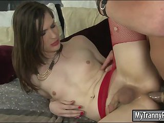 Brunette tranny gets her ass hole railed