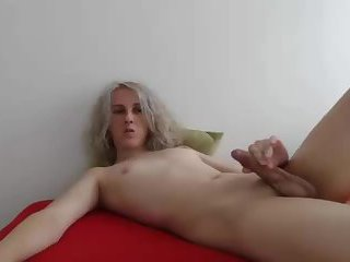 Femboy Blonde On Cam