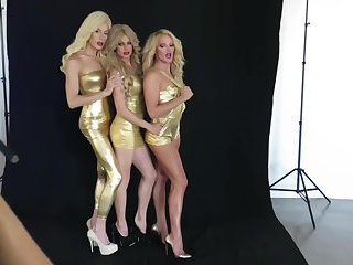 Courtney, Alaska and Willam... funny times