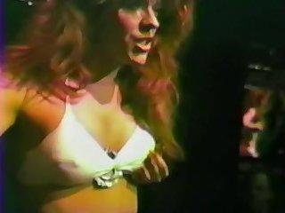 Karen Dior sexy dance 1