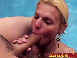 Busty blonde shecock Samara Lauys drills a sexy stud Pablo