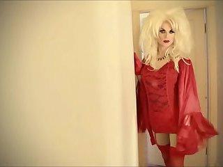 Katya Zamolodchikova is a hot drag queen