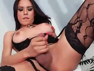Stunning shemale wanks in her lingerie