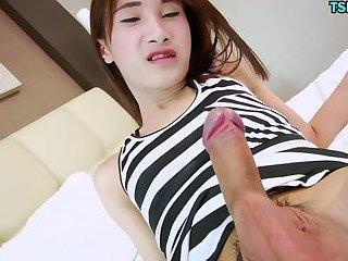 Asian TS Babe
