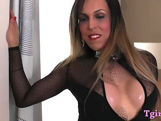 Stunning shemale fucks anal with a dildo