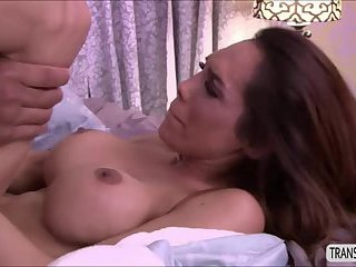 Sexy hot Ts Sunday Valentina loves deep anal penetration
