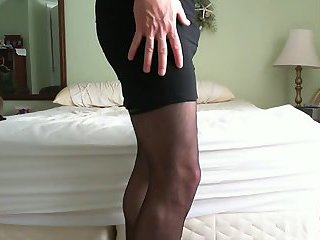Dressing up and jerking off