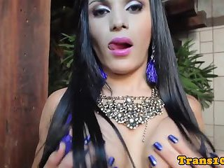 Solo latina tranny toying