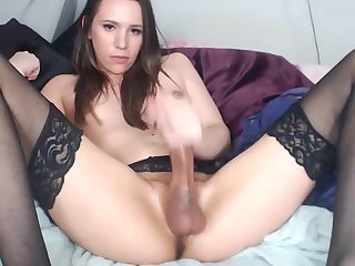 Gorgeous tgirl from england huge cock