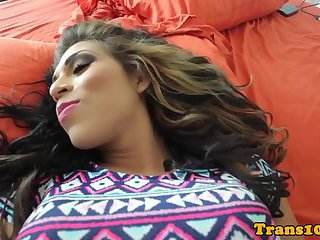 Glam latina tranny prepping for scene