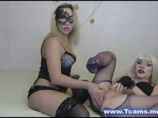 Hot Blonde Tranny Gets Her Tight Hole Played