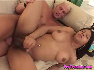 Latina tranny cums after being assfucked