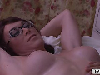 Mature Tgirls River and Foxxy in sensual massage and they do anal