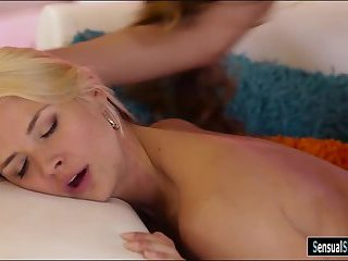 Sexy shemale fucked busty blonde woman