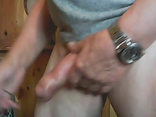 Crosses cock on cam