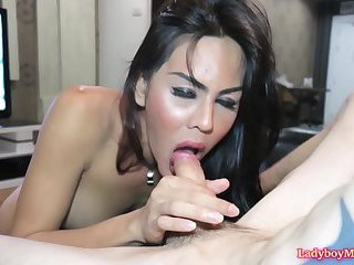 Ladyboy Lanta Gives A Blowjob