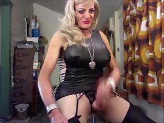 Big tits mature tranny