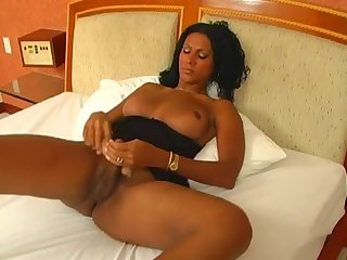 Ebony wanks and toys ass solo