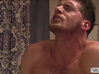 Transgirl Aspen Brooks gets fucked by Ty Roderick after a sensual massage