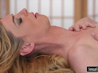 Mature shemale massaged and fucked dude