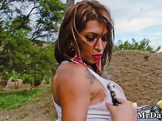JoanneEyes aka Sofia Maldonado Pretty Blonde Tranny Coke Bottle Body Car Wash