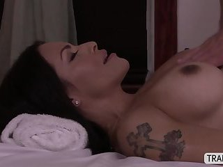Busty Ts Foxxy humps her dick to her lover guy ass