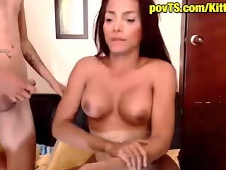 Tranny and guy give each other cumshot