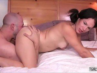 Fat ass straight dude David Chase gets fucked by horny tranny Gina Hart