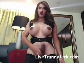 Shake Those Tits Jerk cock and Cum