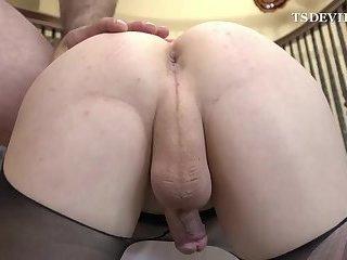 Hardcore shemale bareback sex