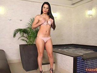 Shemale Bruna Castro Represents Herself