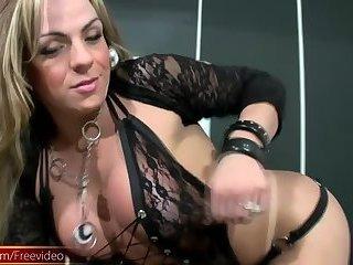 Super MILF tranny masturbates her cock