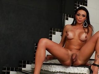 TS housewife