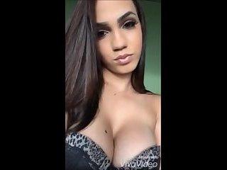 Eduarda Vieira Provocando
