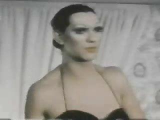 Blazing Magnum (1976) - Drag queen vintage scene