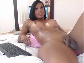 HUGE TITS SHEMALE PLAYS WITH HER SELF