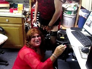 Sissy fag dana gets a load in her mouth