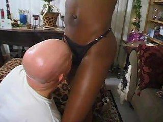 Ebony ts whore