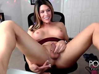 Brunette transgirl jerking toy webcam