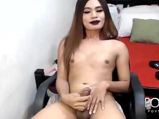 Ladyboy cums hard on webcam show