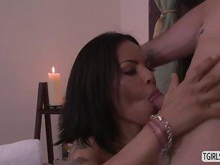 Latina ts Foxxy enjoys a hardcore sex a horny hunk